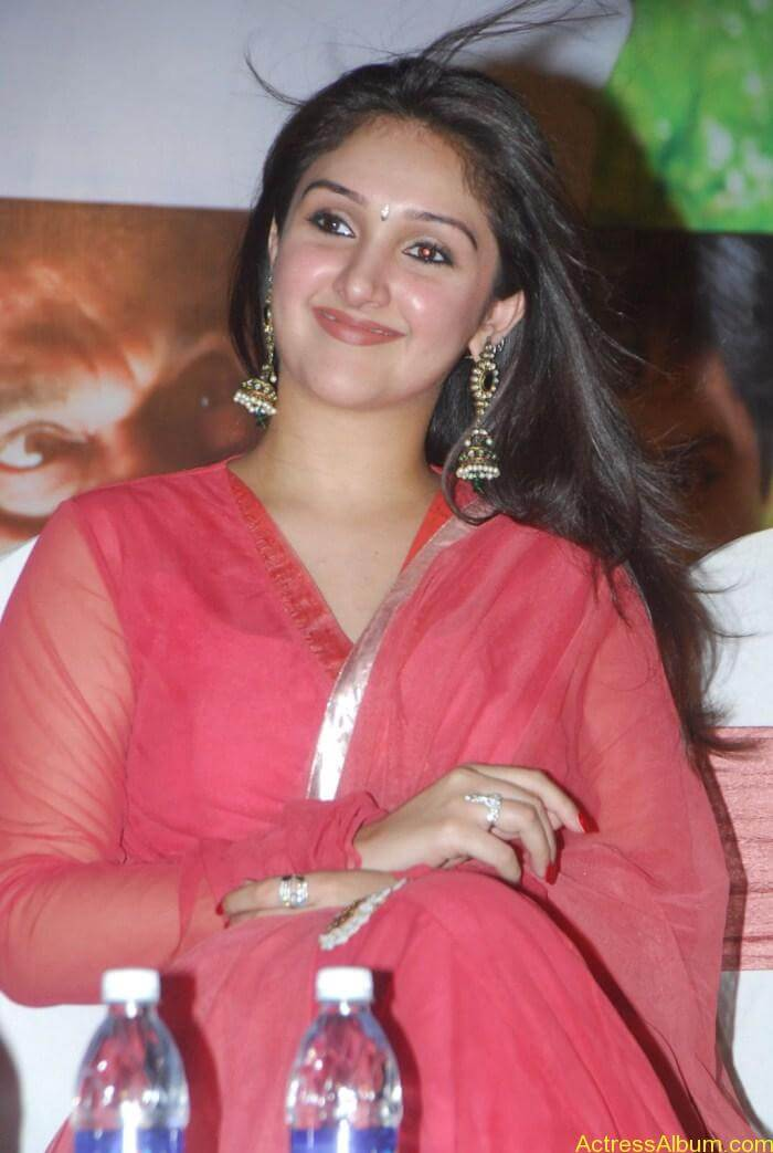 Sridevi Vijayakumar Latest Photos Pics Stills Images