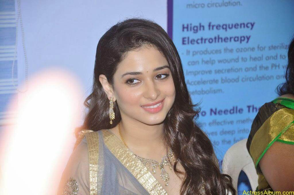 Tamanna At VCare Internation Launch (1)