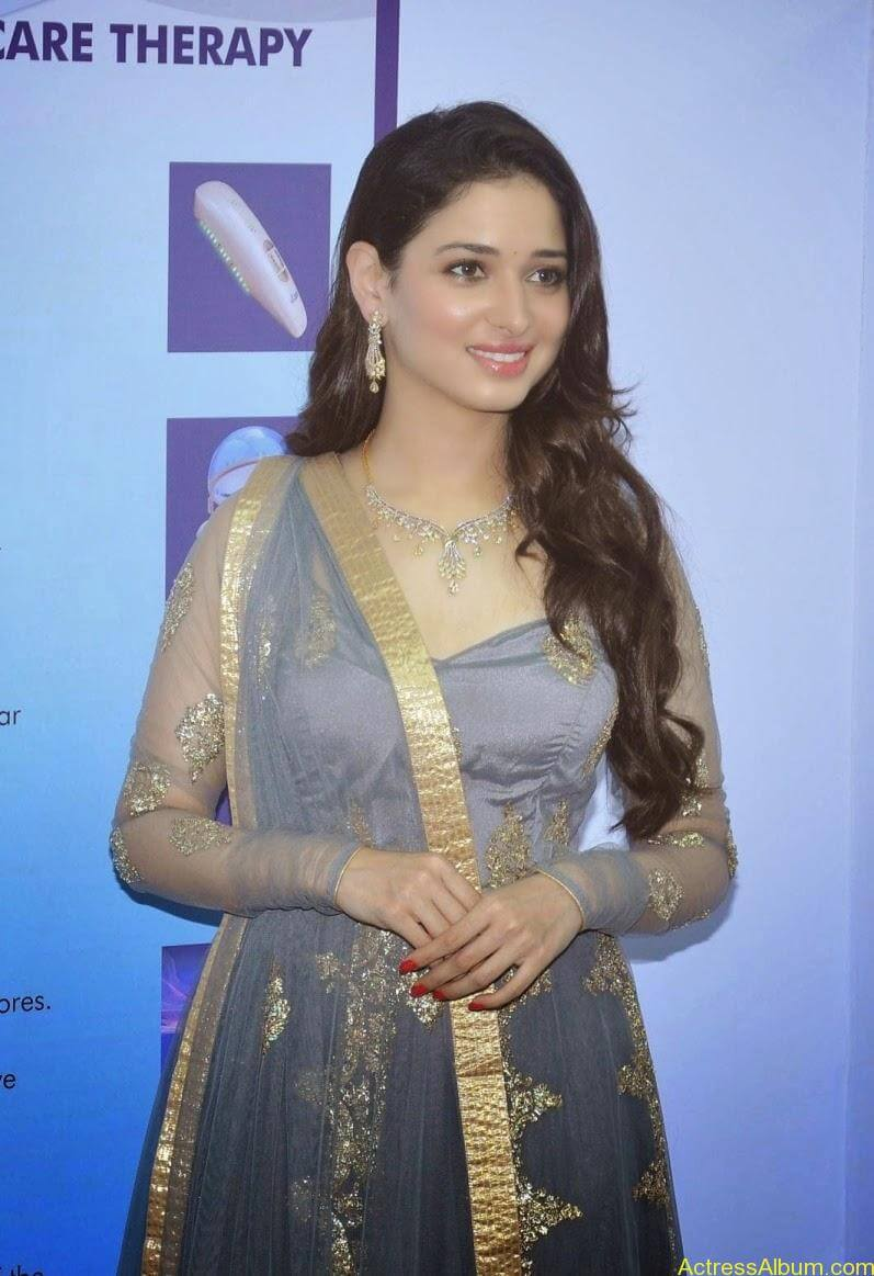 Tamanna At VCare Internation Launch (13)