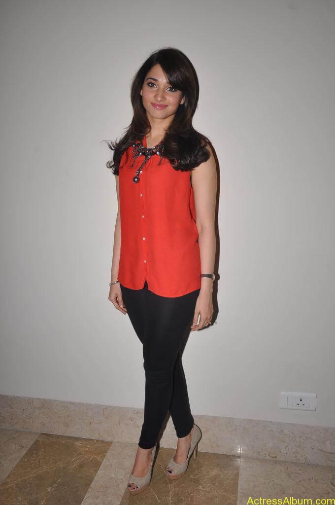 Tamanna Cute Stills (3)