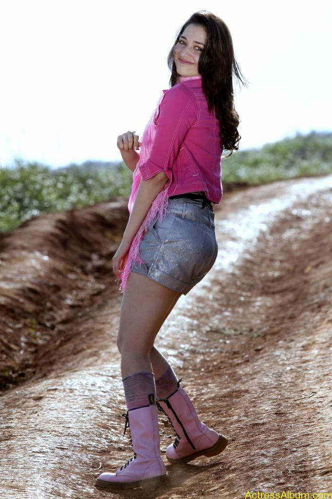 Tamanna Latest Photo Gallery (12)