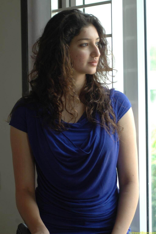 Tanvi Vyas Gorgeous (14)