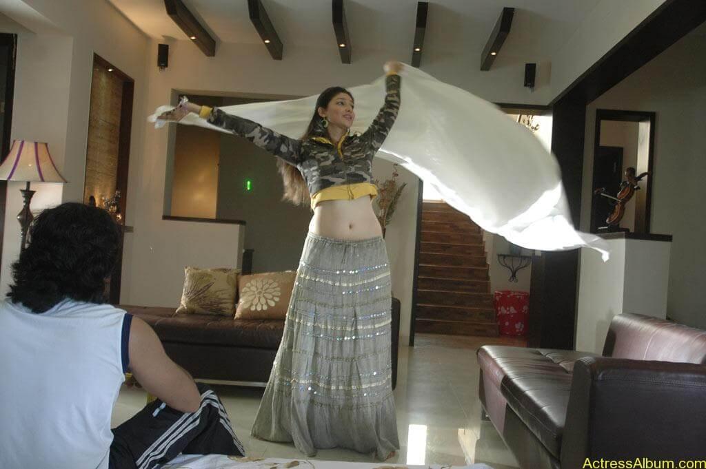 Tanvi Vyas Gorgeous (20)