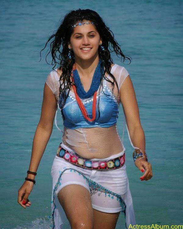 Tapsee_05
