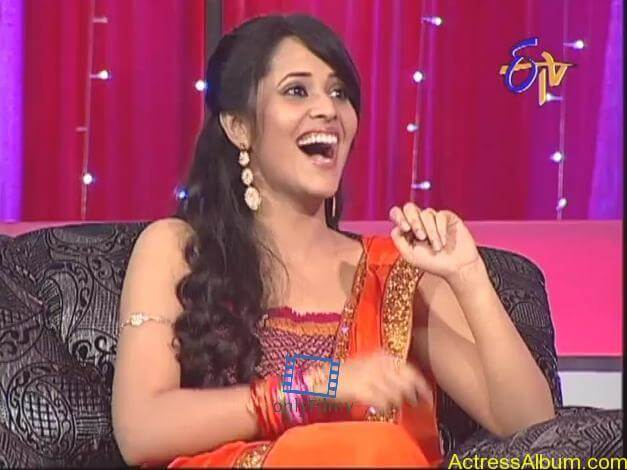 tv-anchor-anasuya-hot-boobs-show-photos-8