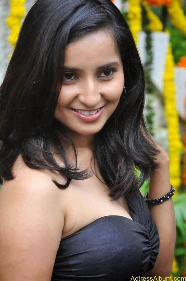 Vishaka Singh_01