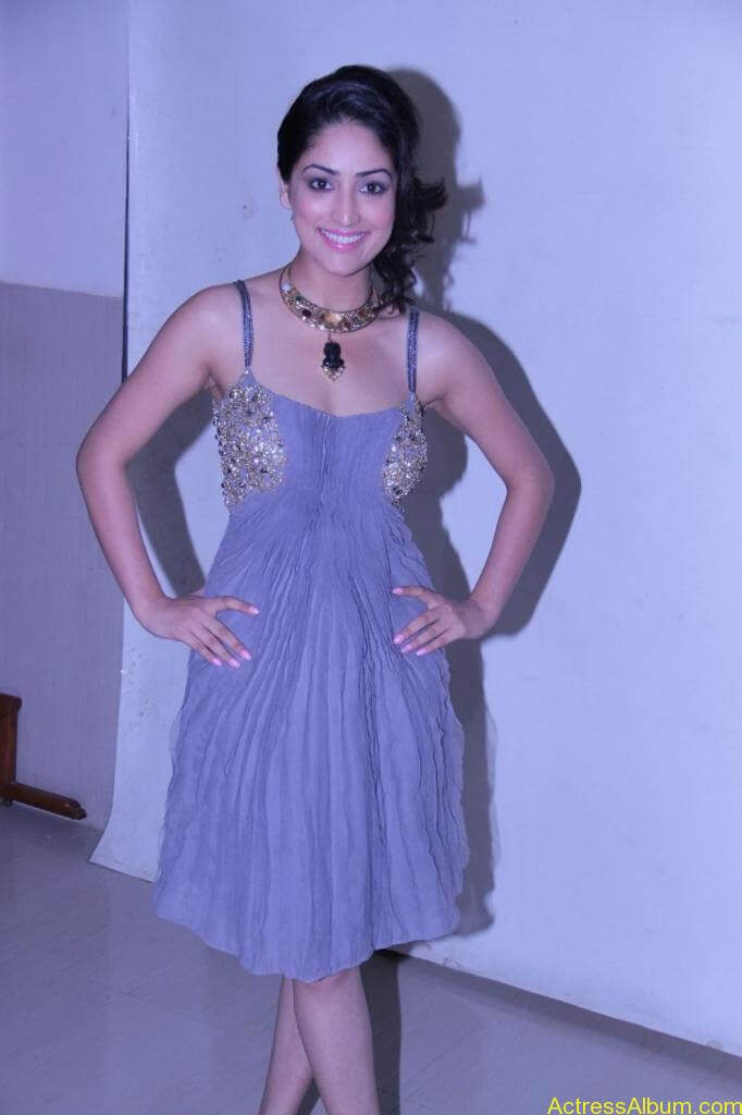 Yami Gautam Photo Gallery (10)