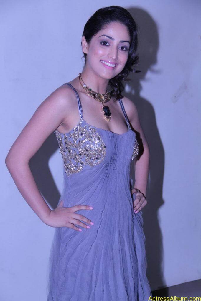 Yami Gautam Photo Gallery (12)