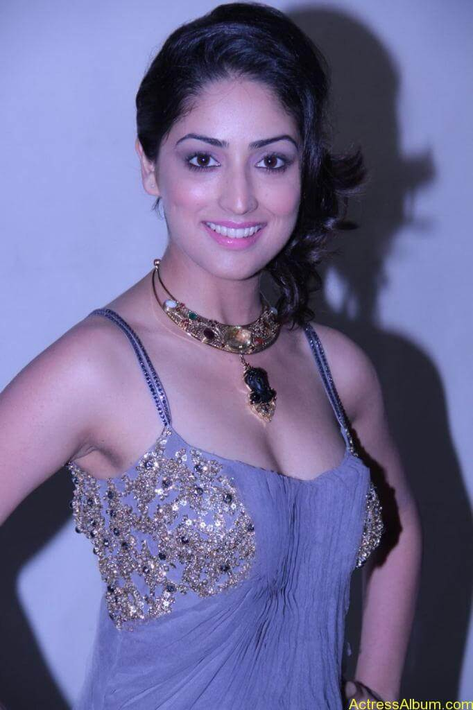 Yami Gautam Photo Gallery (15)
