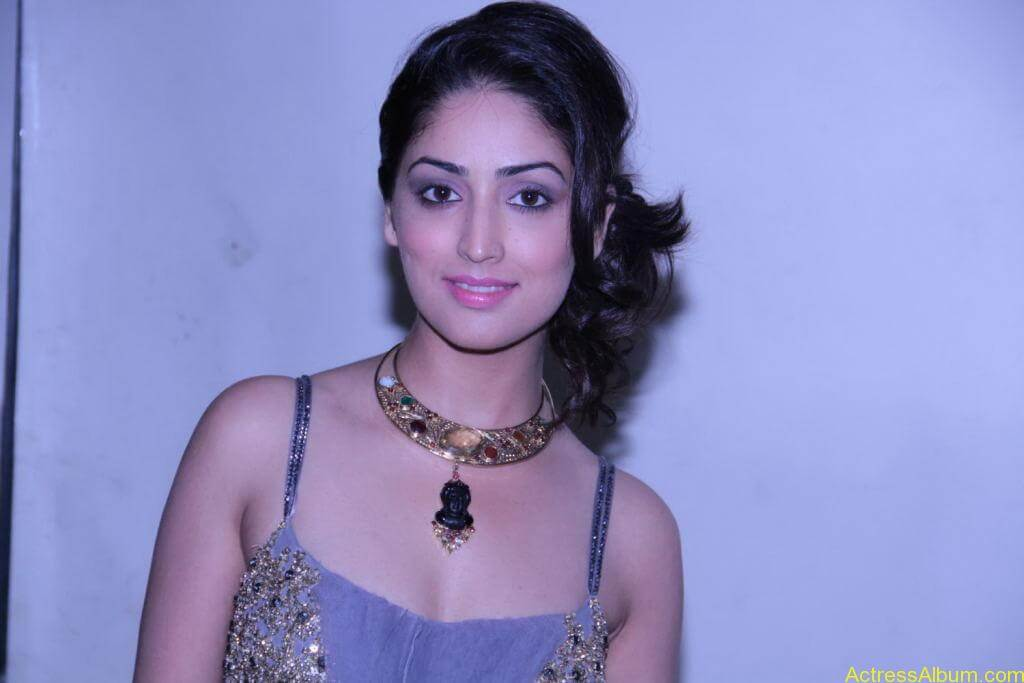Yami Gautam Photo Gallery (17)
