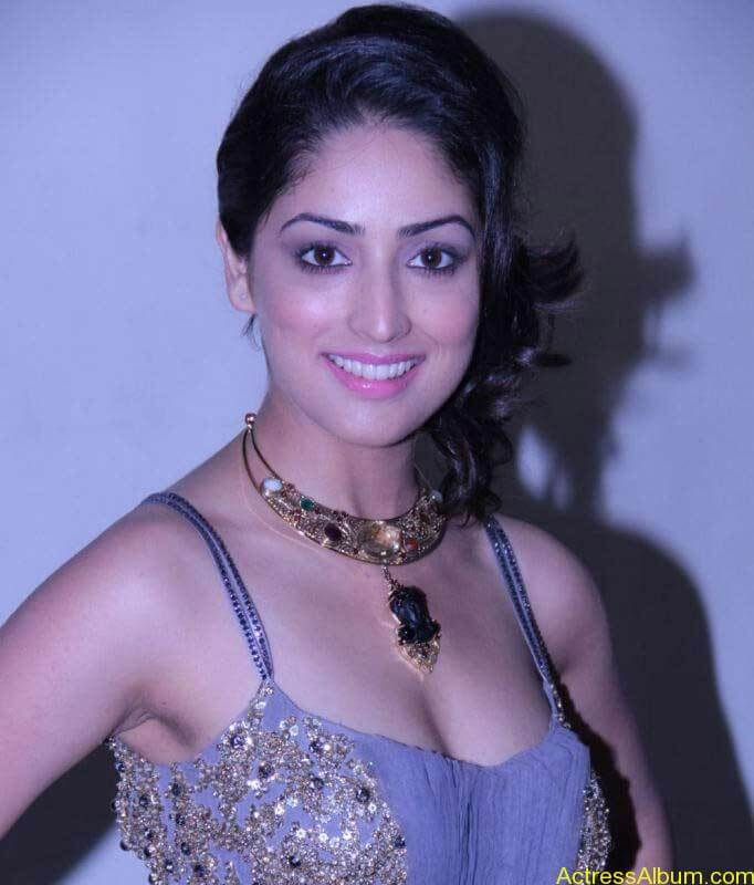 Yami Gautam Photo Gallery (18)