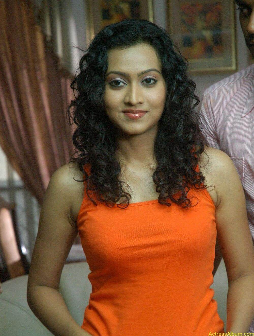 Aakarsha Unseen hot Photo stills (1)