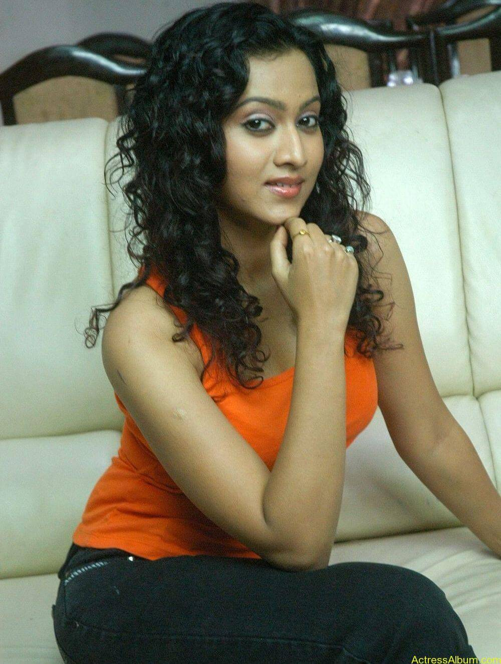 Aakarsha Unseen hot Photo stills (13)