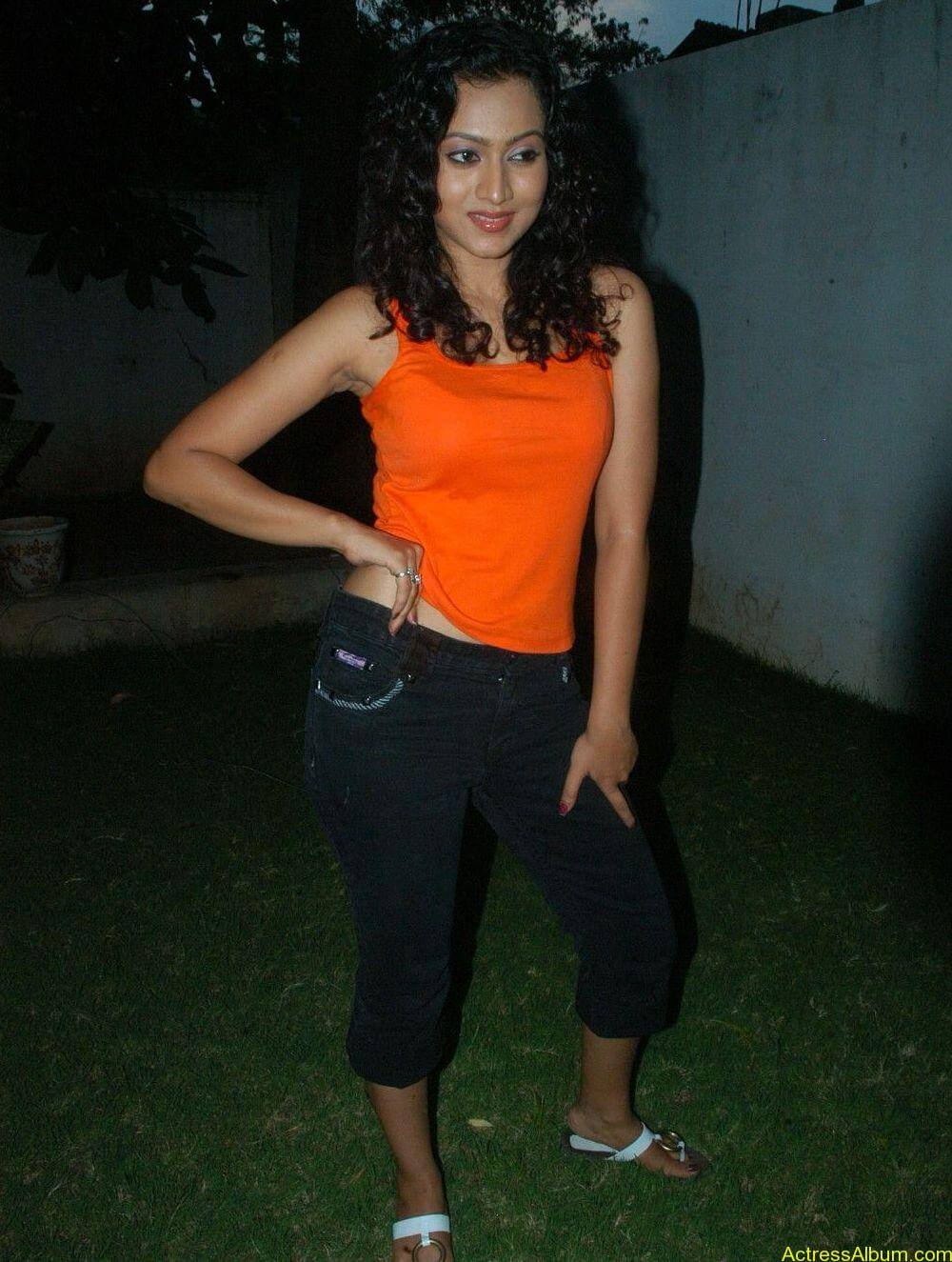 Aakarsha Unseen hot Photo stills (19)