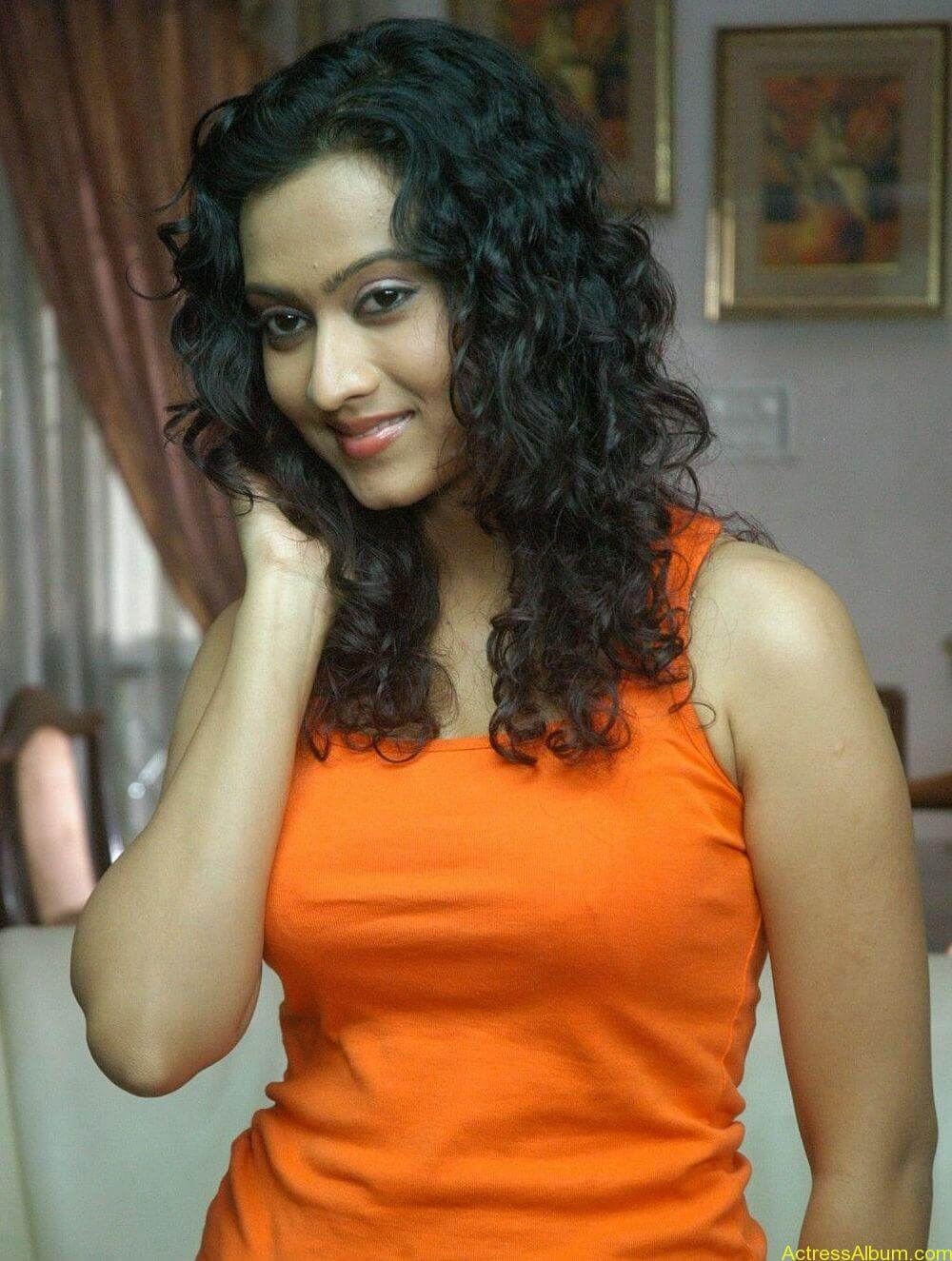 Aakarsha Unseen hot Photo stills (2)