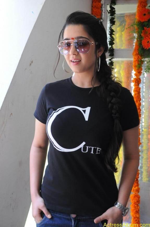actress charmi latest hot stills (3)