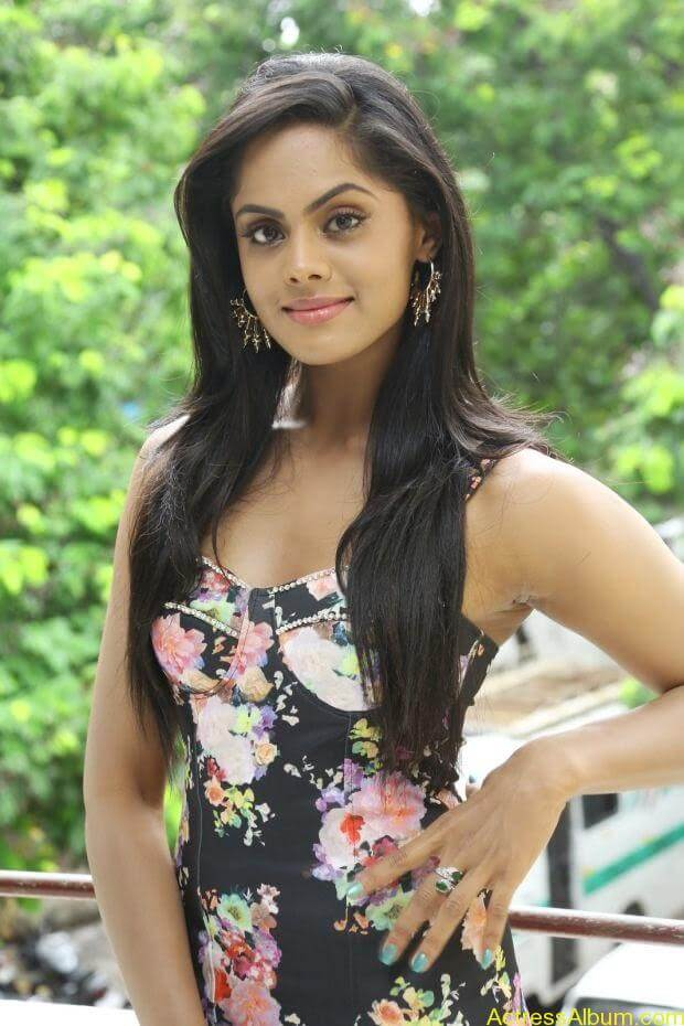 actress-karthika-unseen-hot-vinodham-1