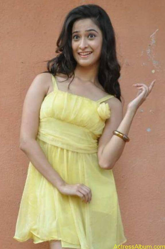 actress mrudhula hot photos (3)