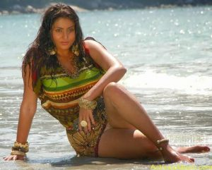 Actress Namitha Hot Thighs Show Pictures Gallery 4