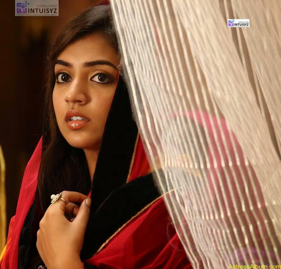 Actress Nazriya Nazim hot 2