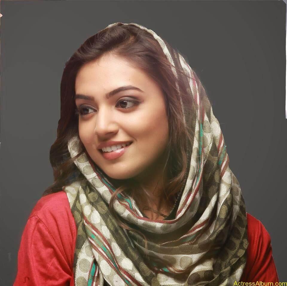 Actress Nazriya Nazim hot 3
