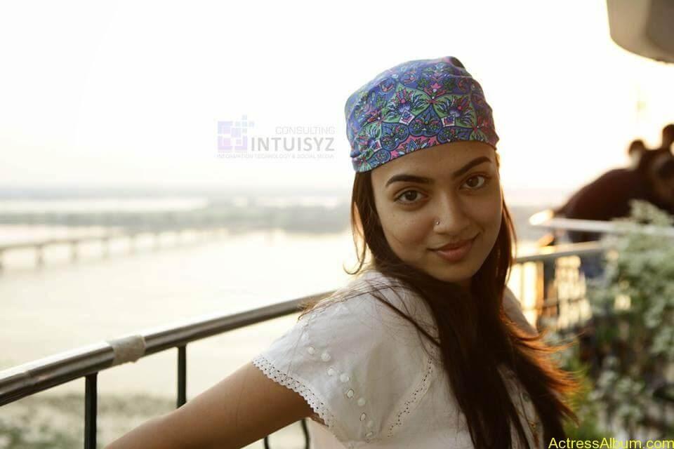 Actress Nazriya Nazim hot 4
