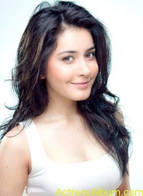 Actress Rashi Khanna Hot Dress Photos 6