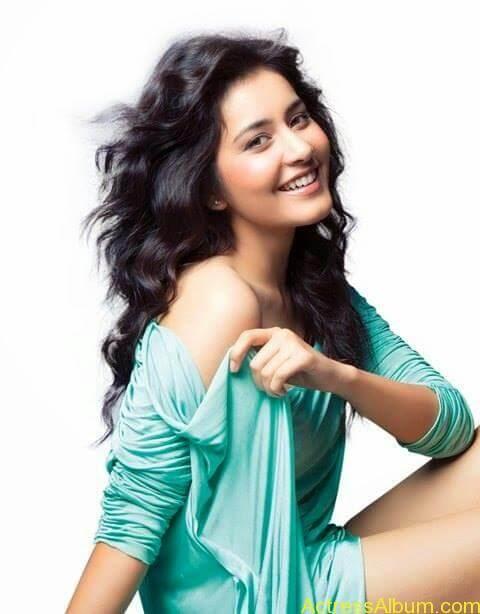 Actress Rashi Khanna Hot Dress Photos0