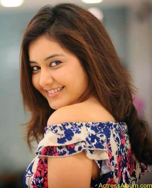 Actress Rashi Khanna Hot N Sexy Pics2