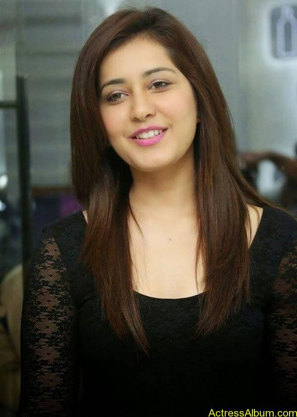 Actress Rashi Khanna Hot N Sexy Pics8