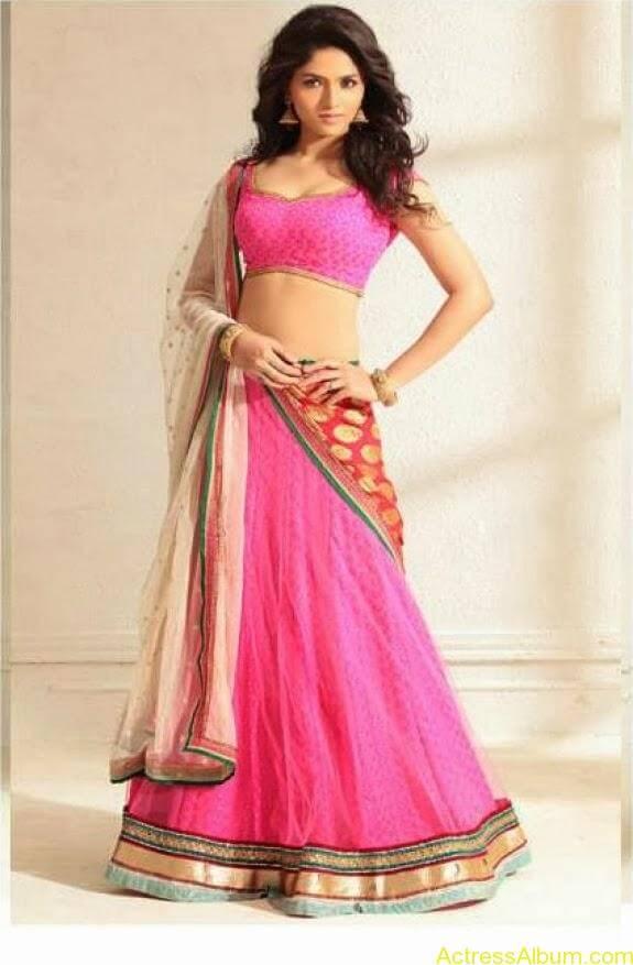 Actress Sunaina latest photos (10)