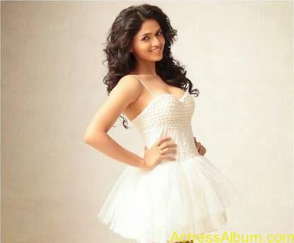 Actress Sunaina latest photos (5)