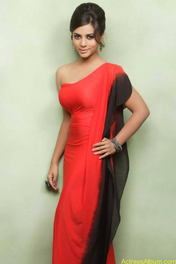 actress suza kumar hot photos (17)