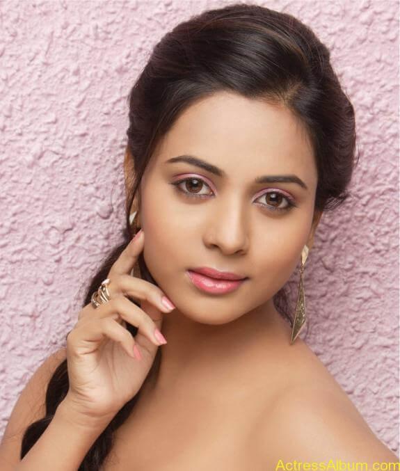 actress suza kumar hot photos (5)