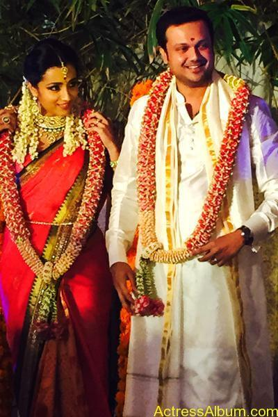 Actress Trisha Krishnan Engagement Pictures 11
