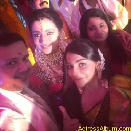 Actress Trisha Krishnan Engagement Pictures 15