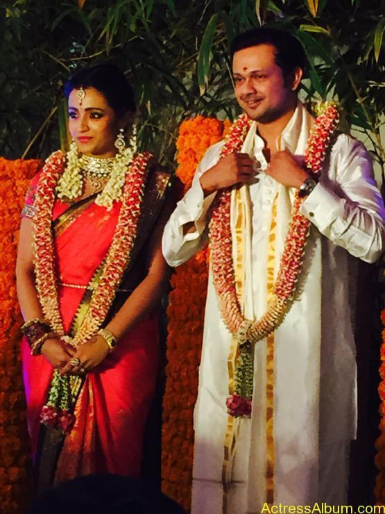 Actress Trisha Krishnan Engagement Pictures 2