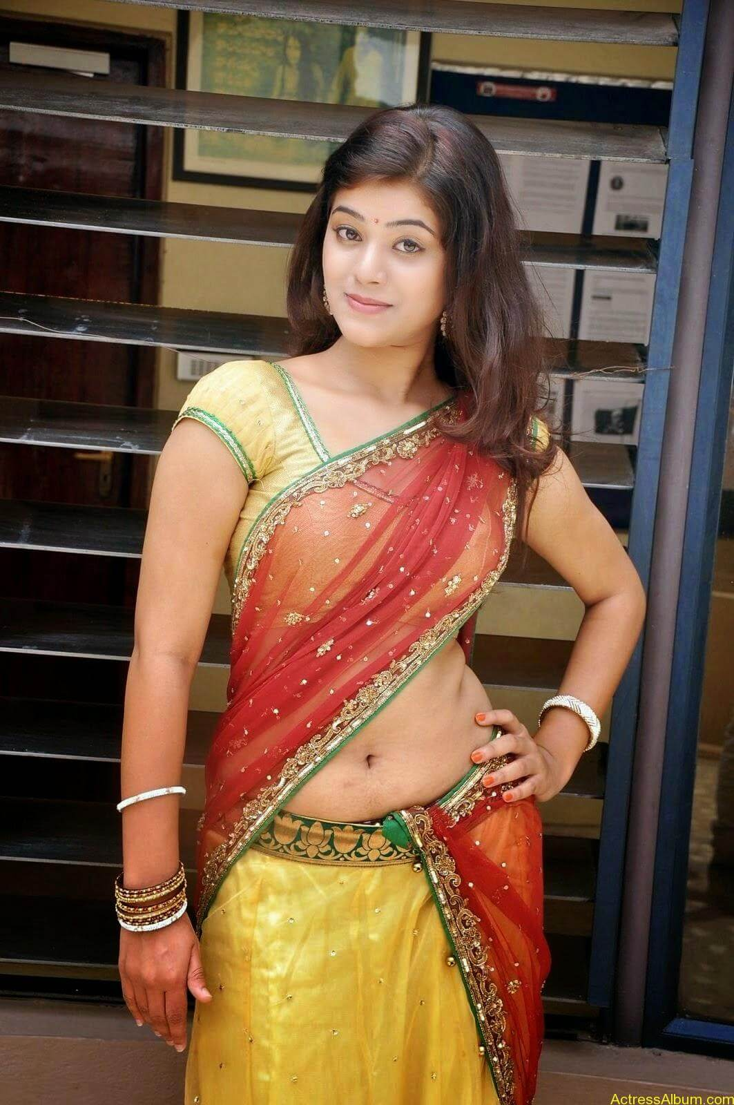 Actress Yamini Hot in Saree stills 3