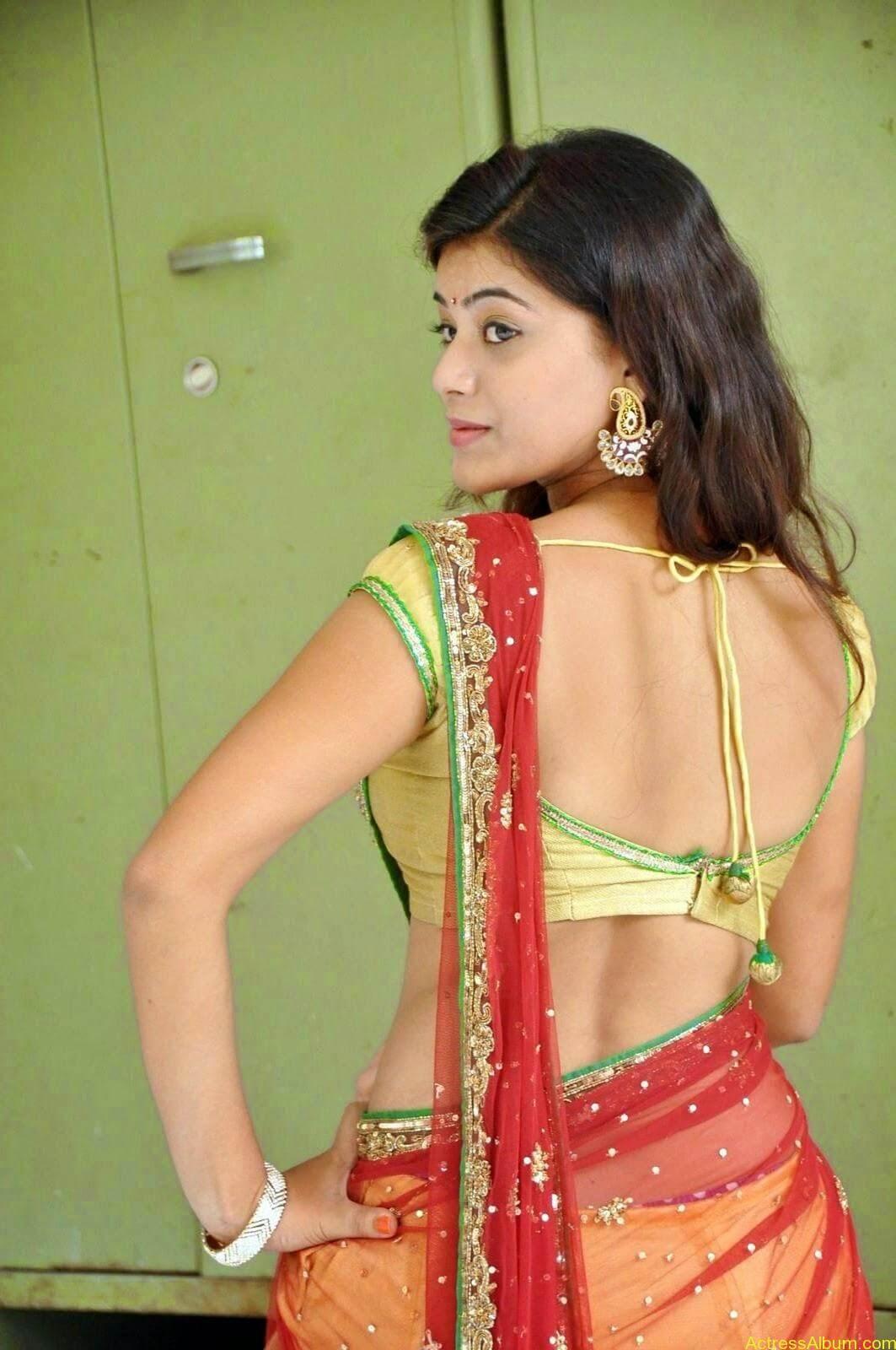 Actress Yamini Hot in Saree stills 6