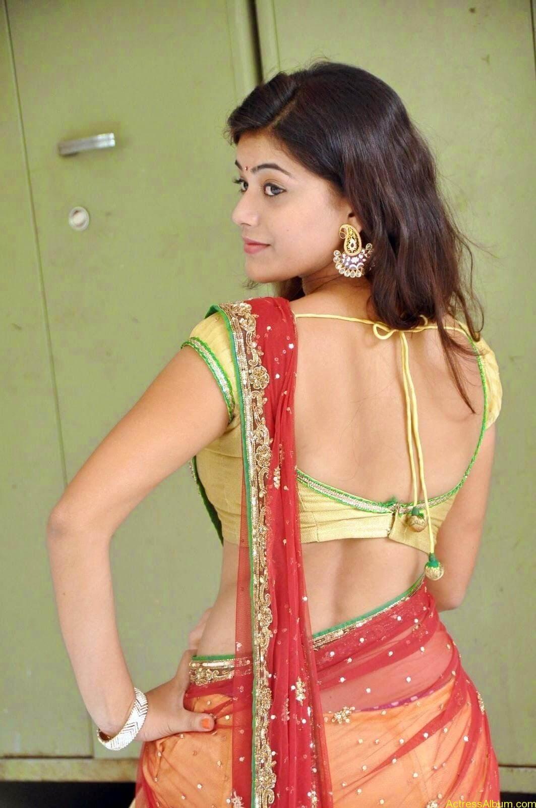 Actress Yamini Hot in Saree stills 7