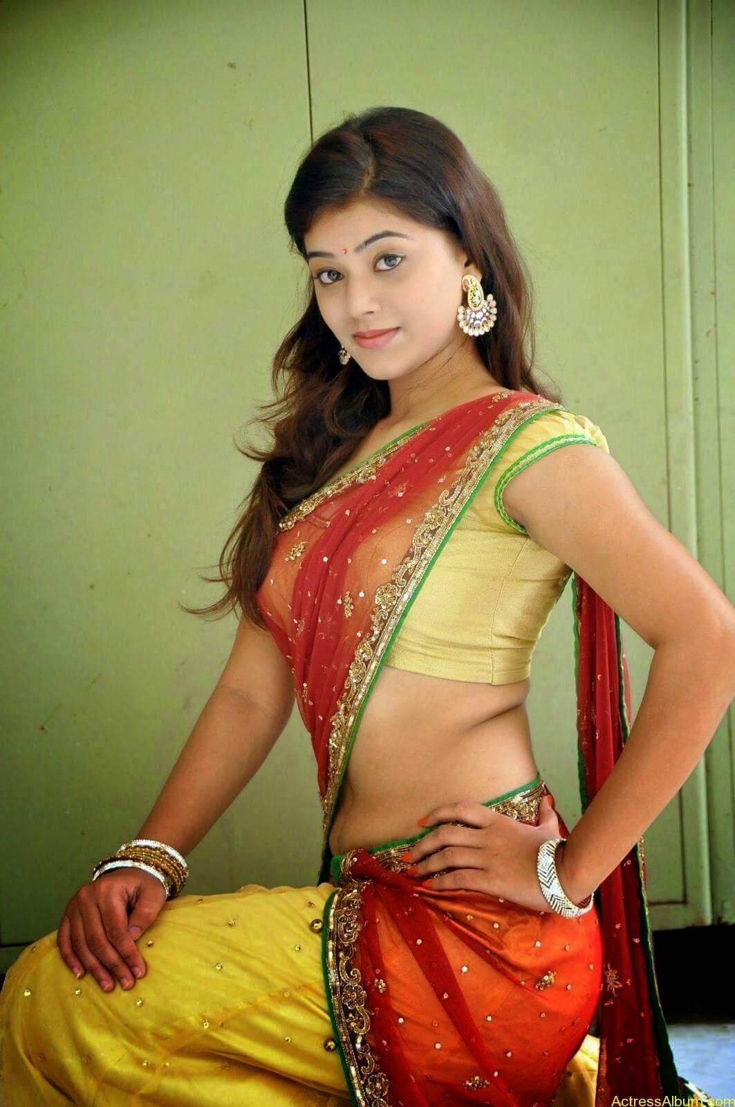 Actress Yamini Hot in Saree stills 8