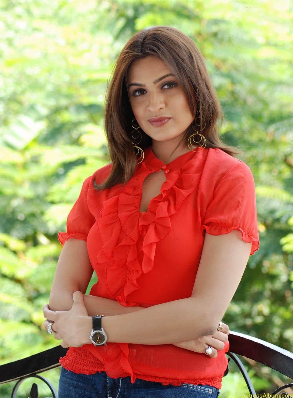 Aditi Agarwal Spicy stills (2)