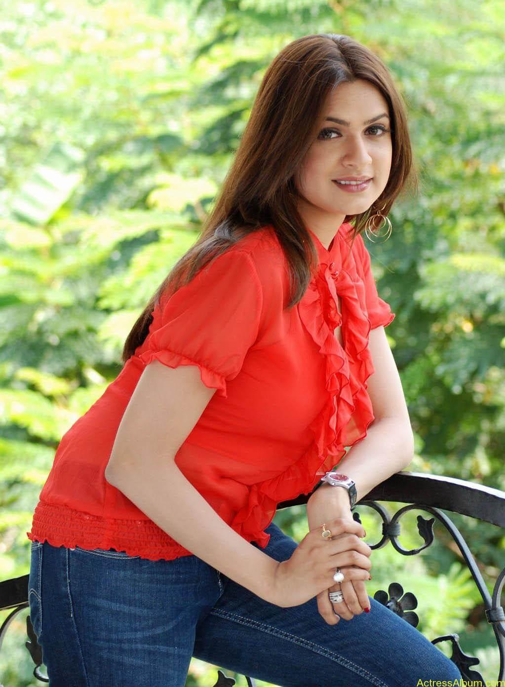 Aditi Agarwal Spicy stills (3)