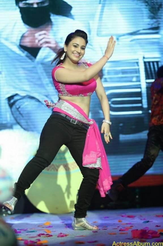 aksha hot stills (11)