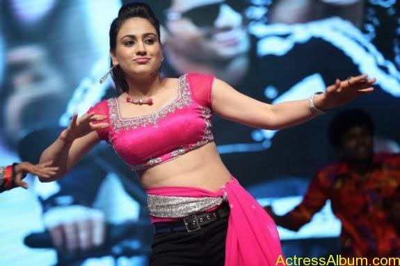 aksha hot stills (13)