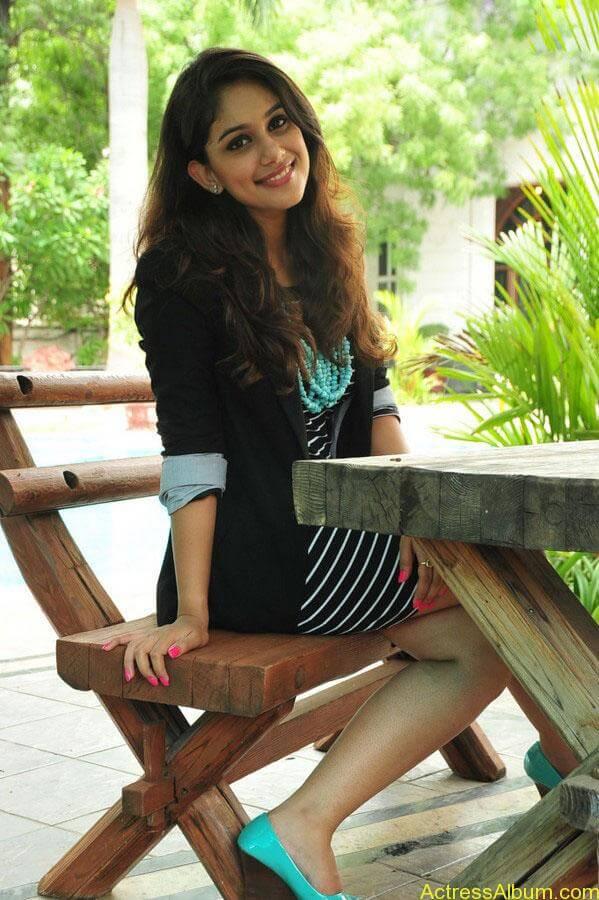 Alisha hot stills (7)