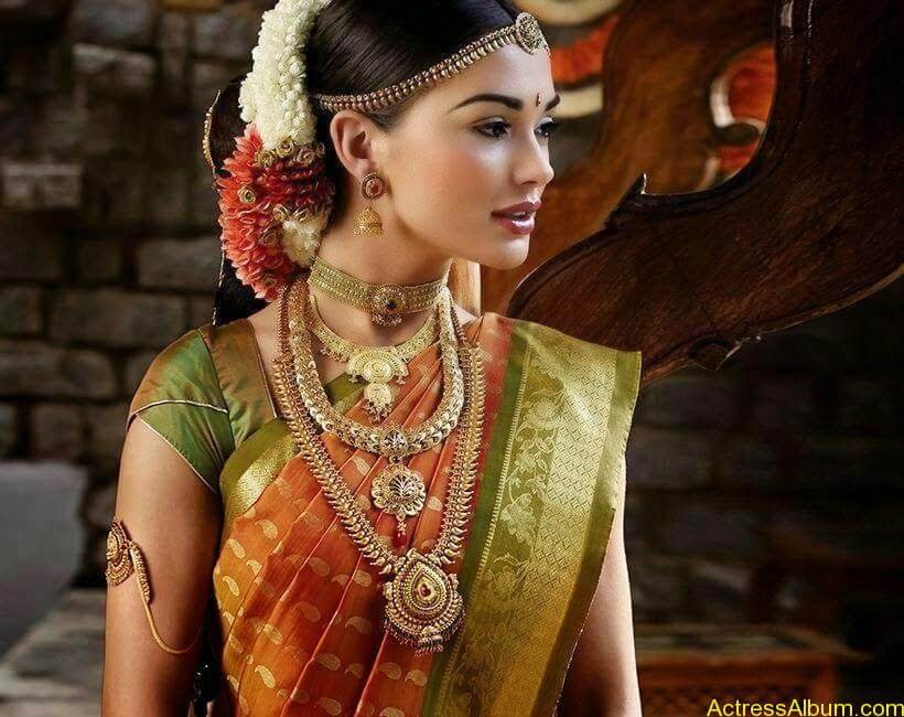 Amy Jackson Traditional Looks Gallery 10