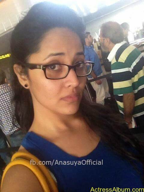 Anchor Anasuya Bharadwaj's Hot Images 11