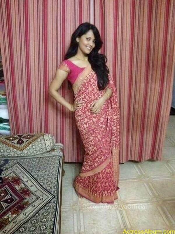 Anchor Anasuya Bharadwaj's Hot Images 4
