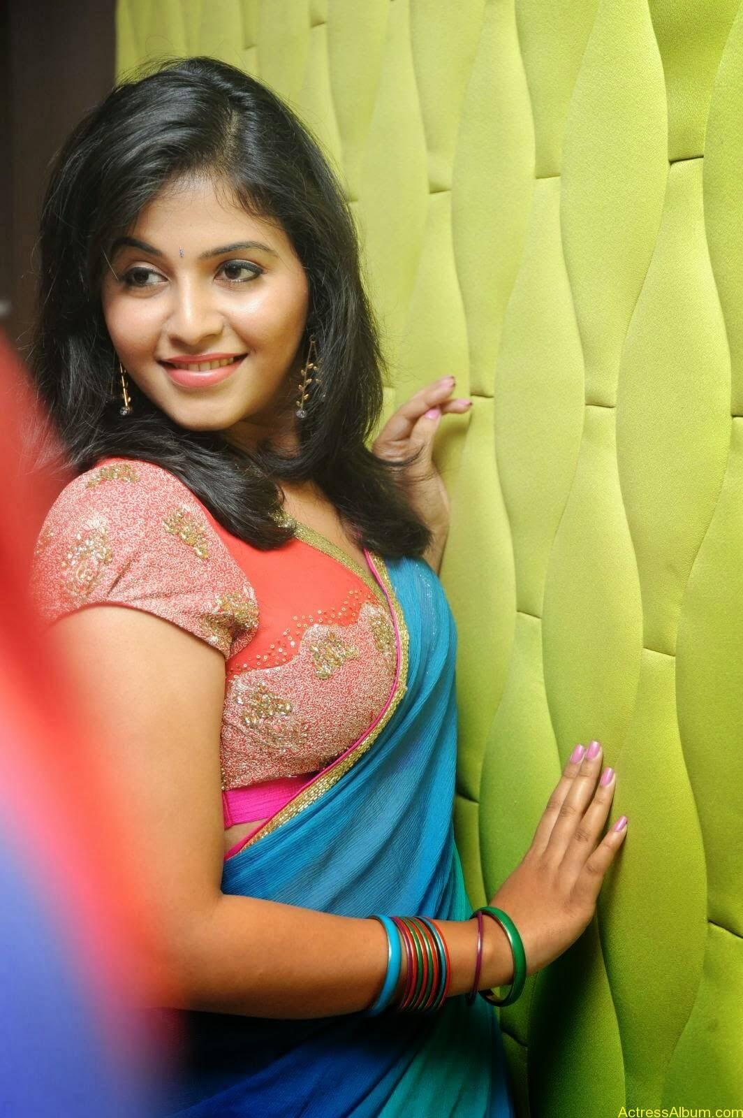 Anjali hot photos at masala movie (12)